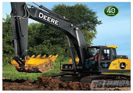 约翰迪尔E260LC履带挖掘机