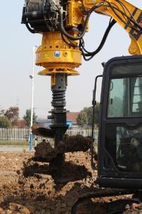 泰信机械KR40挖机改旋挖钻机外观图7