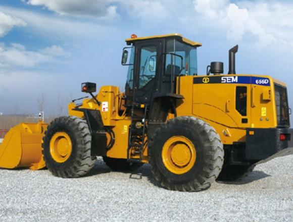山工SEM656D轮式装载机
