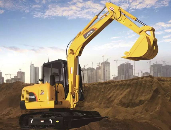雷沃重工FR60E履带挖掘机
