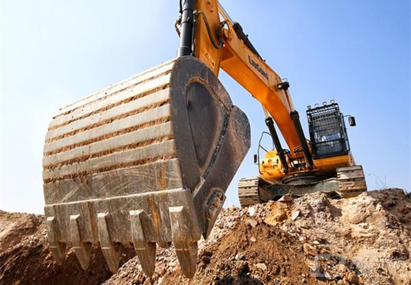 柳工CLG950E(国三)挖掘机