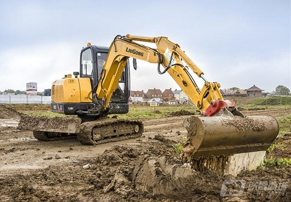 柳工CLG906D(国三)挖掘机