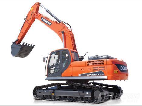斗山DX260LC-9C履带挖掘机