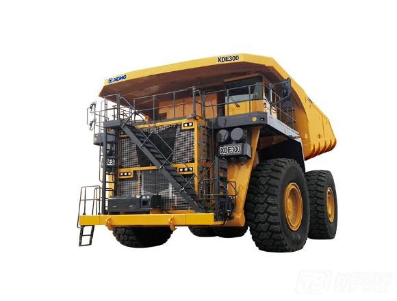 徐工XDE300电传动自卸车