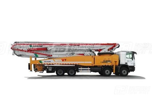 徐工HB62K混凝土泵车