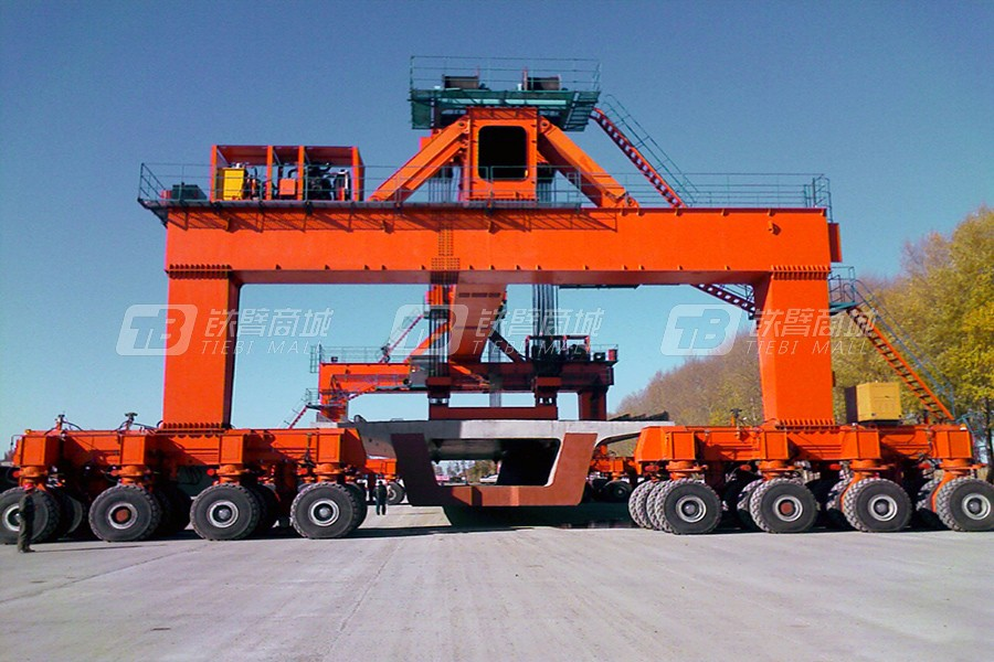 新大方DLT900轮胎式起重机(双门)