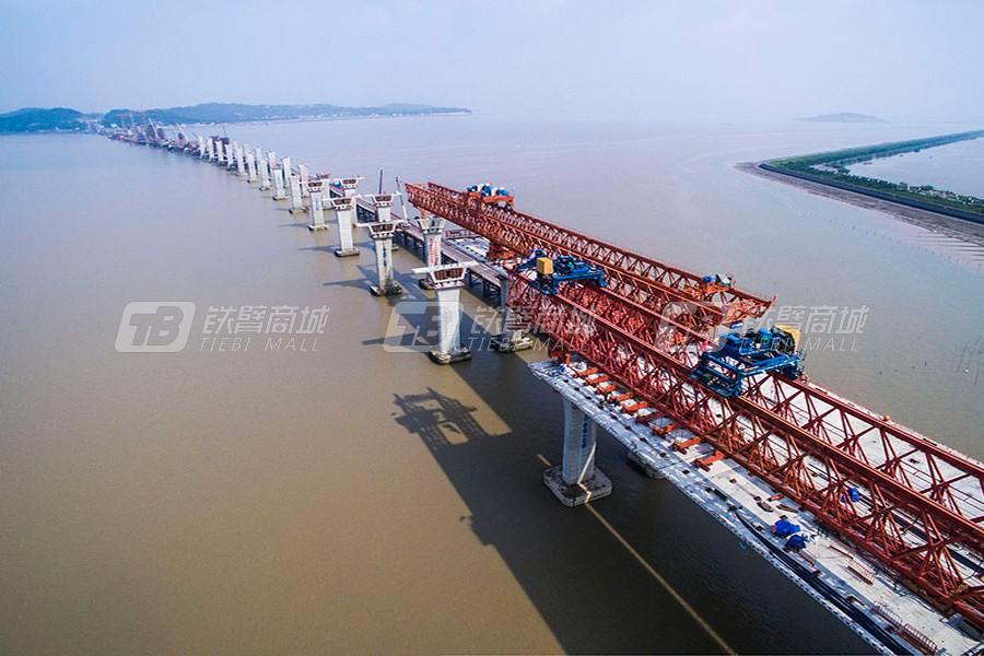 新大方DP120/60节段拼装架桥机