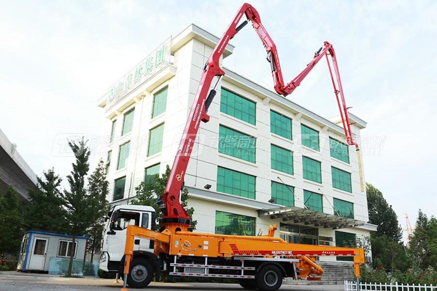 中青林KNL5202THB 37-5RZ重汽T7H 44米泵车