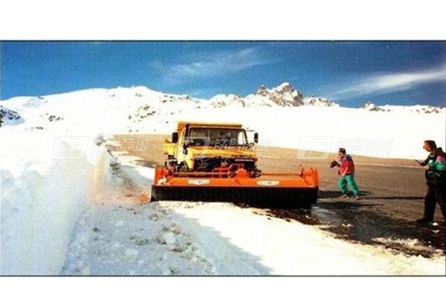 欧亚BLM 3 P滚刷式除雪除冰机