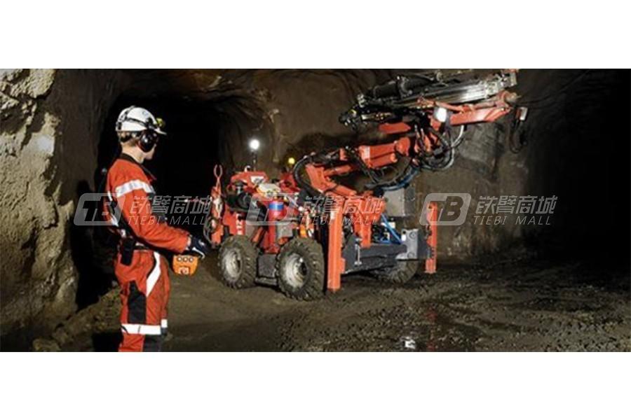 山特维克DB120二次破碎凿岩台车