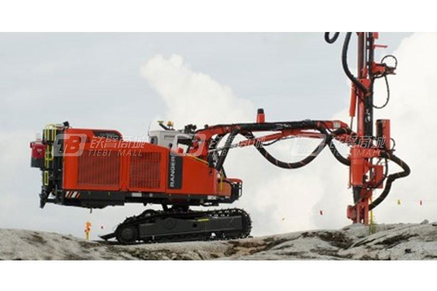 山特维克Ranger DX800露天顶锤钻机