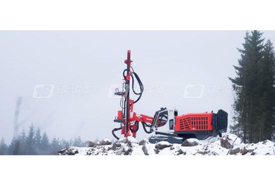 山特维克Tiger  DG810露天顶锤钻机