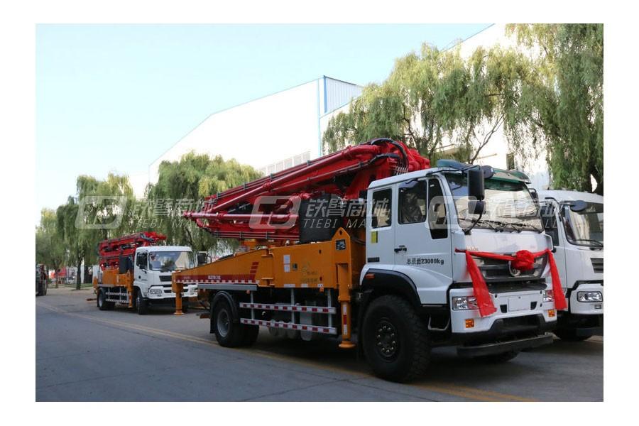青岛科尼乐KNL5210THB 37X-5RZ重汽37米 混凝土泵车