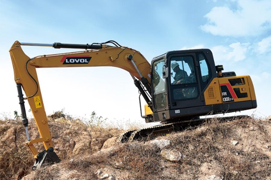 雷沃重工FR130E2-H履带挖掘机