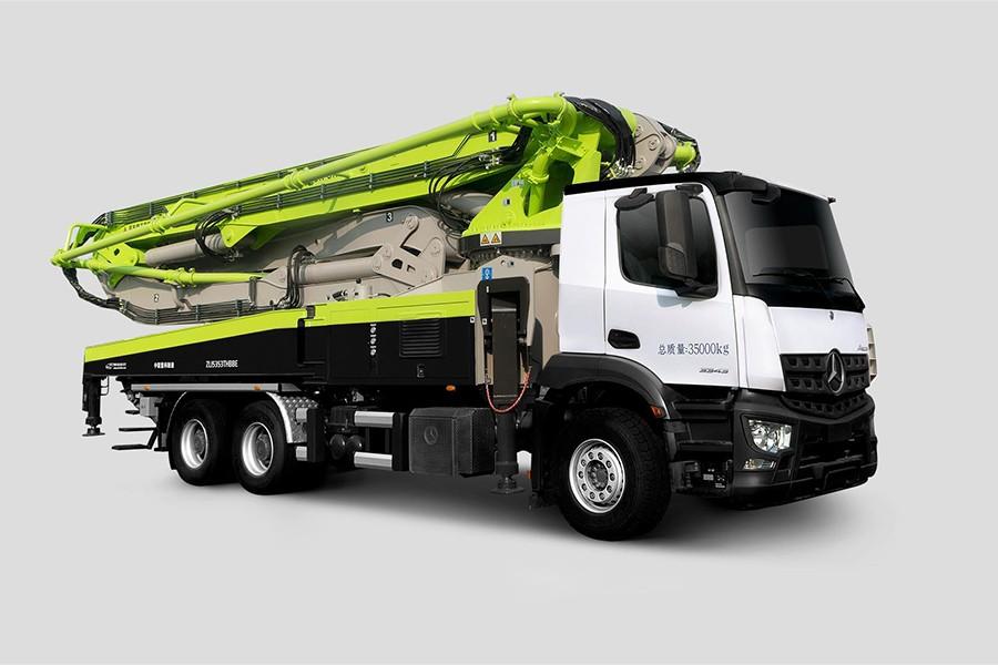中联重科ZLJ5353THBBE 49X-6RZ混凝土泵车