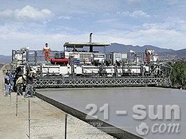 维特根SP 1200滑模摊铺机
