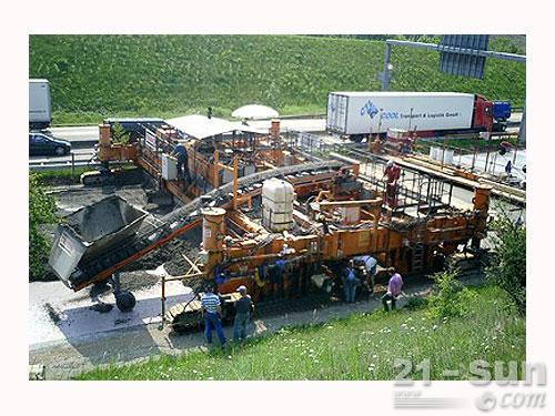 维特根SP 1600滑模摊铺机外观图3