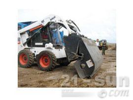 山猫清扫器滑移装载机图片