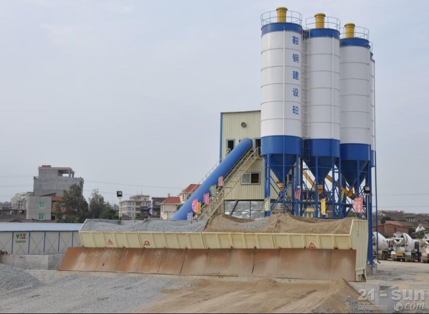 信达HZS150混凝土搅拌设备