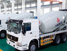 方圆FYG5257GJB/9(出口专用)混凝土9方搅拌运输车(HOWO国三)