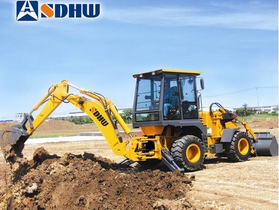 华伟重工HB680挖掘装载机