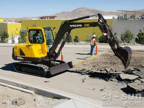 沃尔沃EC55B Pro挖掘机外观图2