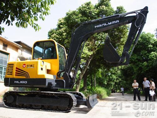 华力重工HL160挖掘机外观图1