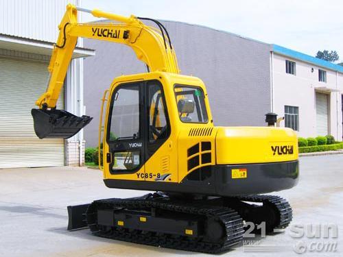 玉柴YC85-8挖掘机外观图2