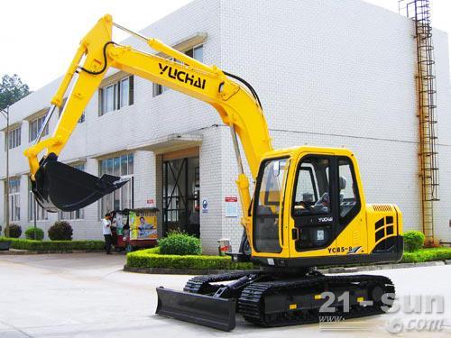 玉柴YC85-8挖掘机外观图3