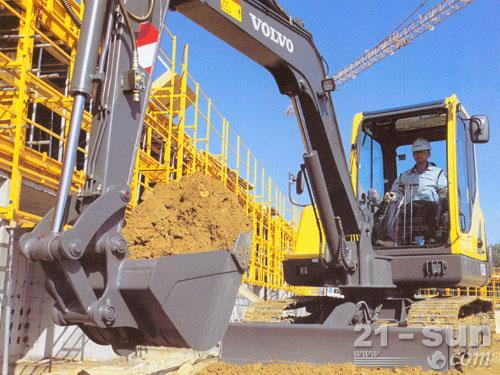 沃尔沃EC55B Pro挖掘机外观图3