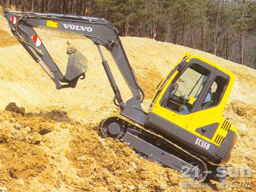 沃尔沃EC55B Pro挖掘机外观图4