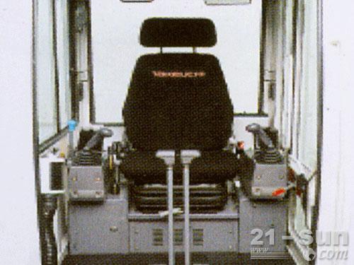竹内TB1140挖掘机外观图1