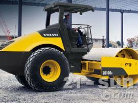沃尔沃SD100D单钢轮压路机