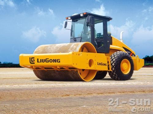 柳工CLG620A单钢轮压路机外观图1