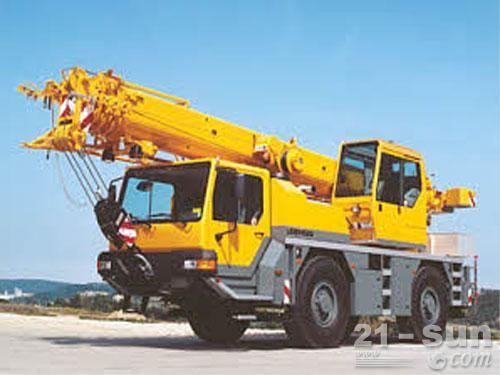 利勃海尔LTM 1030-2.1汽车起重机外观图1