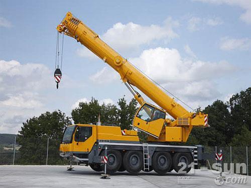 利勃海尔LTM 1090-4.2汽车起重机