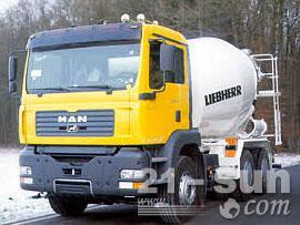 利勃海尔HTM 704混凝土搅拌运输车