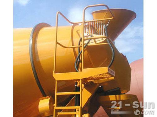 利勃海尔HTM 1004 ZA混凝土搅拌运输车外观图2