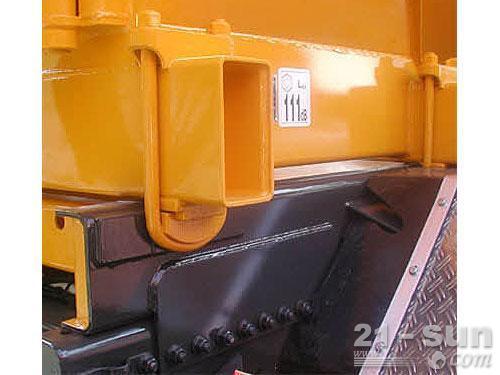 利勃海尔HTM 1004 ZA混凝土搅拌运输车外观图3