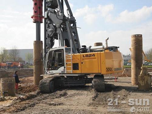 利勃海尔LB24旋挖钻机外观图1