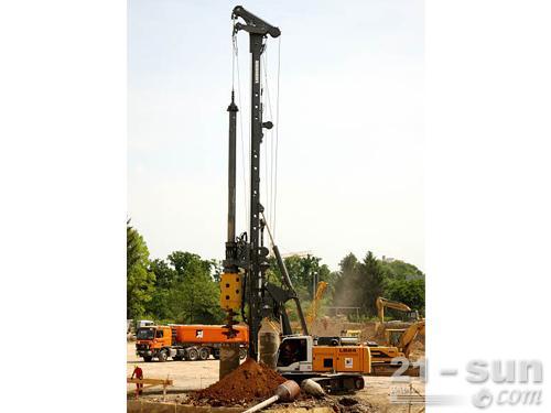 利勃海尔LB24旋挖钻机外观图3