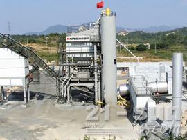 南方路机LB2500沥青混合料搅拌设备