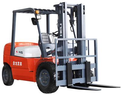 合力K系列4-4.5吨内燃平衡重型叉车
