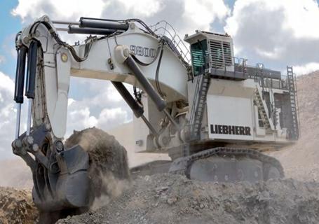 利勃海尔r9800矿用挖掘机图片