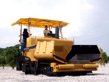 柳工SUPER CLG509履带式摊铺机