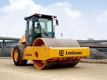 柳工CLG620A单钢轮压路机