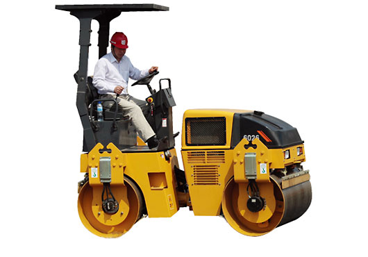 柳工CLG6026双钢轮压路机
