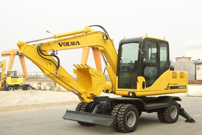 沃尔华DLS885-9A轮式挖掘机