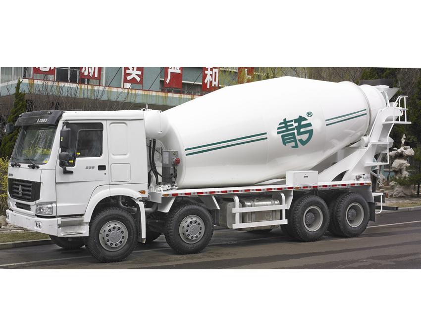中国重汽混凝土搅拌车混凝土搅拌运输车